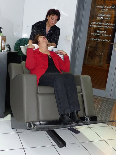 Posté par jlfaurie  sur 2014-11-15 22:24:13      Tagged:  , Hair Punch , Salon , coiffure , massages , Manucure , Patricia , Faurie , Handicap , fauteuil , jlfaurie ,…