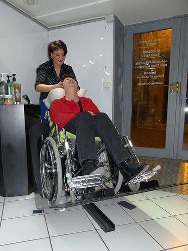 Posté par jlfaurie  sur 2014-11-15 22:24:12      Tagged:  , Hair Punch , Salon , coiffure , massages , Manucure , Patricia , Faurie , Handicap , fauteuil , jlfaurie ,…