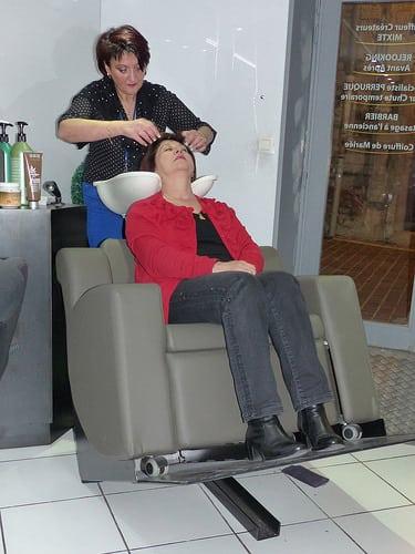 Posté par jlfaurie  sur 2014-11-15 22:24:10      Tagged:  , Hair Punch , Salon , coiffure , massages , Manucure , Patricia , Faurie , Handicap , fauteuil , jlfaurie ,…