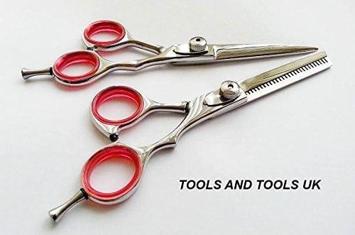 """acheter maintenant     EUR 21,30 Ciseaux de coiffeur 5,5 """"/ Set Kit neuve Produit de qualité professionnelle en acier haute teneur en Miroir finition acier carbone très adapté pour une utilisation professionnelle et personnelle standard modèle utilisé par…"""