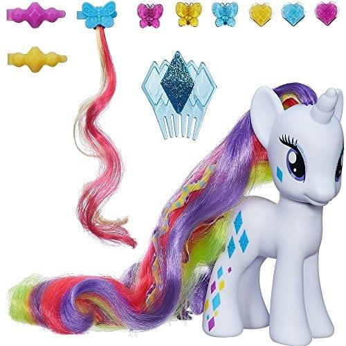acheter maintenant     EUR 15,06 Décore et coiffe les longs crins de Rarity grâce au set Cutie Mark Magic de My Little Pony. Ce coffret comprend la figurine de Rarity mèches ultra colorées, des pinces et un peigne.…