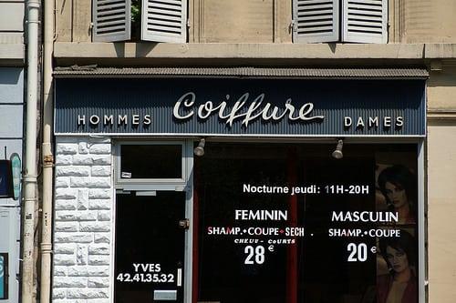 Posté par cpbischof  sur 2014-06-24 19:56:08      Tagged:  , paris , script , signage , shop , barber , coiffure   …