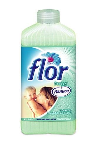acheter maintenant     EUR 4,07 suavizante concentré parfum bleu10fois plus durableBidon et bouchon en plastique avec compteur pour facile application du produit  …