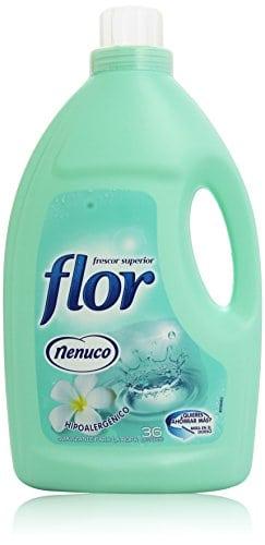 acheter maintenant     EUR 6,71 suavizante concentré parfum bleu10fois plus durableBidon et bouchon en plastique avec compteur pour facile application du produit  …