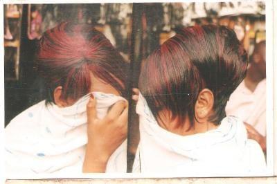 Posté par minguo1  sur 2011-09-28 09:41:21      Tagged:  , coiffure   …