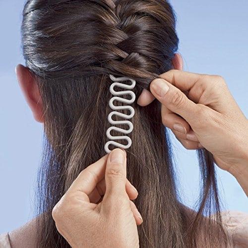 acheter maintenant     EUR 1,79 Contenu de l'emballage:1x cheveux tressesMatériau: Plastique de l'environnement (pas la blessure)Dimensions: 18,5x 2,5cmMode coréenne tresse cheveux Outil avec rouleau Magic Style cheveux de chignon MakerMatériel: l'environnement plastiqueTaille: 18,5cm x 2,5cmPour ne pas blesser…