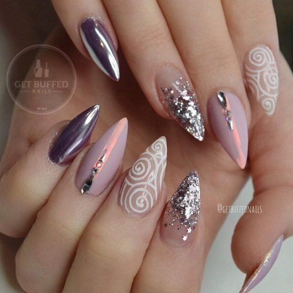 These nails remind me of the universe, galaxy, stars. On something glamorous, gentle, seductive and at the same time extremely modern and daring. Source by cuded   …