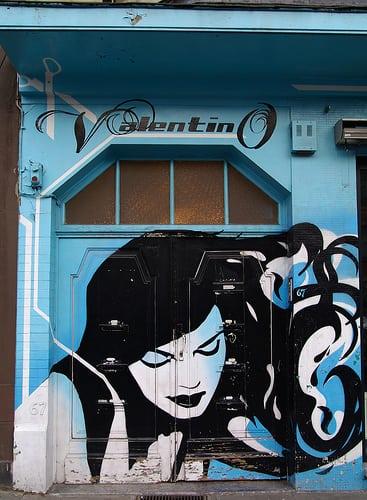 Posté par Papadji  sur 2013-08-20 21:49:18      Tagged:  , Laeken , street art , Bruxelles , façade  [ad_1] [ad_2]…