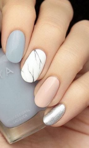 Spice up your typical pastel mani with a marbled accent nail. Keeping it in neutral shades prevents this look from going over the top. Source by virginiemillefi   …