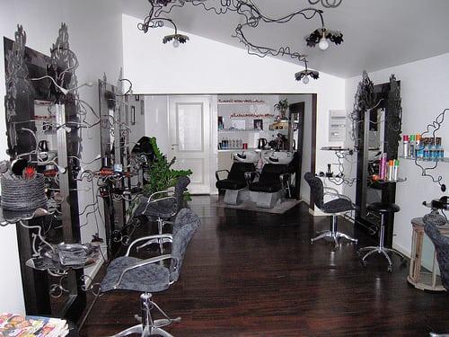 Posté par jeanluc.lafitte  sur 2009-02-11 09:20:48      Tagged:  , salon , de , coiffure , relax coiffure   …