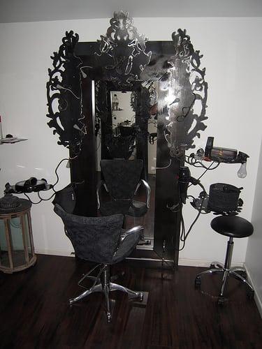 Posté par jeanluc.lafitte  sur 2009-02-11 09:20:08      Tagged:  , salon , de , coiffure , relax coiffure   …