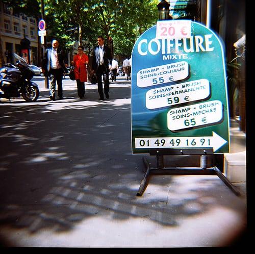 Posté par Arthur Janin.  sur 2009-07-16 19:58:02      Tagged:  , lomo , lomography , diana , f+ , 75mm , color , kodak , 120mm , paris , metro ,…