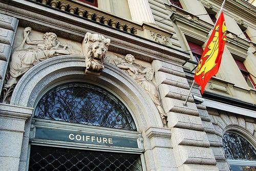 Posté par DreFlaherty  sur 2011-03-28 20:24:21      Tagged:  , SWITZERLAND , flag , lion , hair salon , old   …