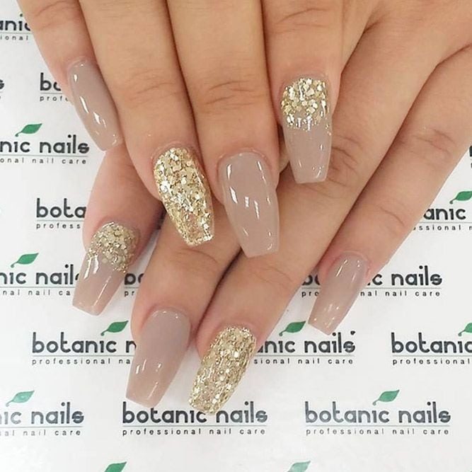 [ad_1]  Cool Shimmering Christmas Nails ★ See more: glaminati.com/… Source by brasilianbeauty [ad_2]  …