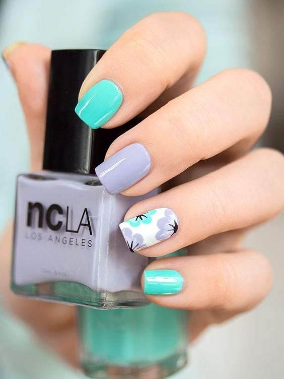 [ad_1]  Here are 21 of our favorite nail inspirations floating around Pinterest this spring! Source by lizk3283 [ad_2]  …