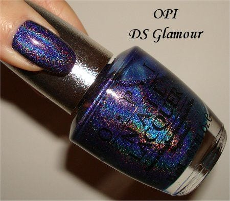 This is one of my favourite holos to wear. It's from the old OPI Designer Series collection. So pretty