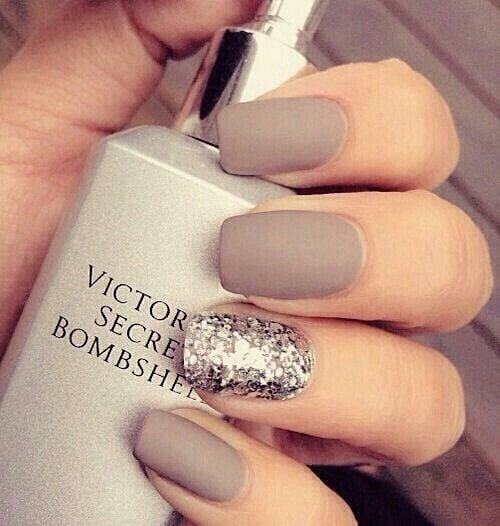 Matte gray colored nails with silver Source by tomanyfreckles   …