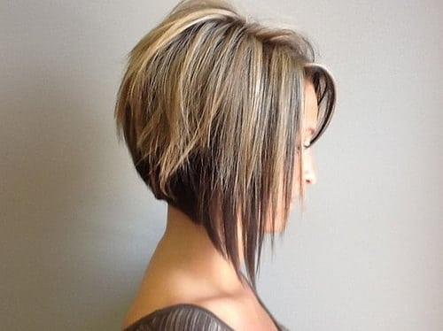 Il est temps d'obtenir de nouvelles coiffures! Le bob graduée est de retour! Cette coiffure à la mode a explosé sur la scène du salon, et me semblait le plus demandé  coupe de cheveux …