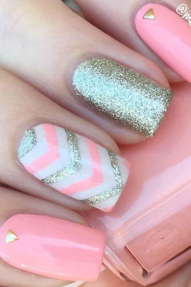 33 Fun Summer Nail Designs to Try This Summer Source by selinahilverda   …