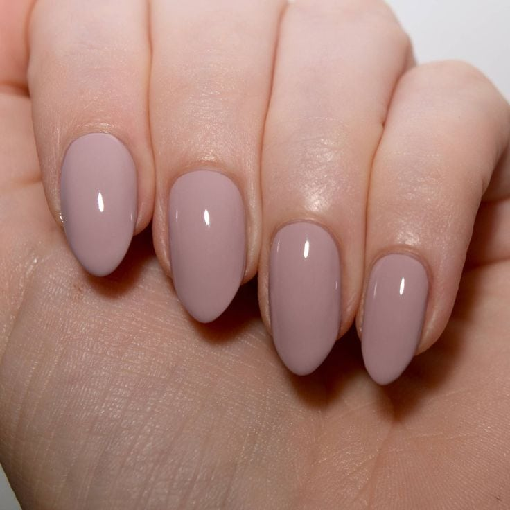Floss Gloss Palazzo Pleasures – such a pretty modern blush nude nail varnish. Source by shabbychanel   …