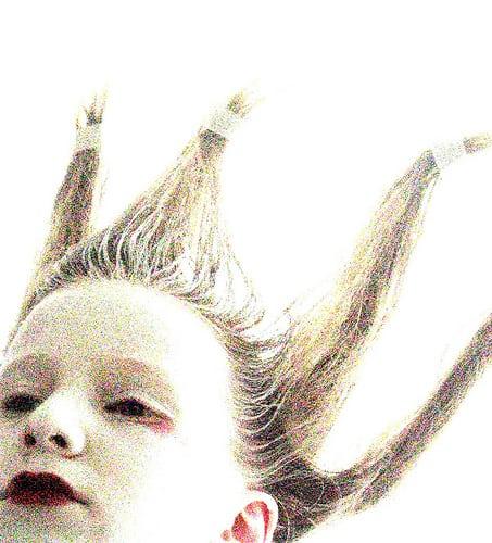 Posté par cecileK  sur 2013-12-19 20:41:04      Tagged:  , maquillage , essayage , coiffure   …