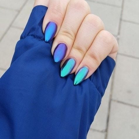 Blue Color nail arts!!! While blue is a color that is considered a masculine choice by most, you would be surprised at how many women like blue colored nail polish…..