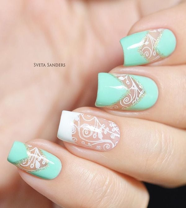Elegant looking light blue spring nail art design. Give more attention to detail to your nails with this beautiful nail art design in partner with a white nail polish. Image source