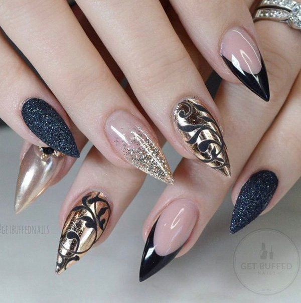 An interesting and colorful manicure in which the chrome powder is used only at the occasional nail… Source I do not know about you people, but I always pay attention on hands when I meet with someone new. Of course,……