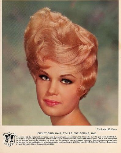 Posté par ronnieronnie  sur 2007-12-23 04:42:41      Tagged:  , hair , vintage , coiffure  [ad_1] [ad_2]…