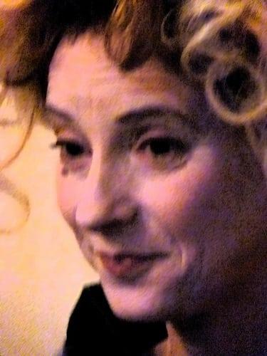 Posté par cecileK  sur 2017-04-02 14:22:53      Tagged:  , theatre , maquillage , coiffure   …