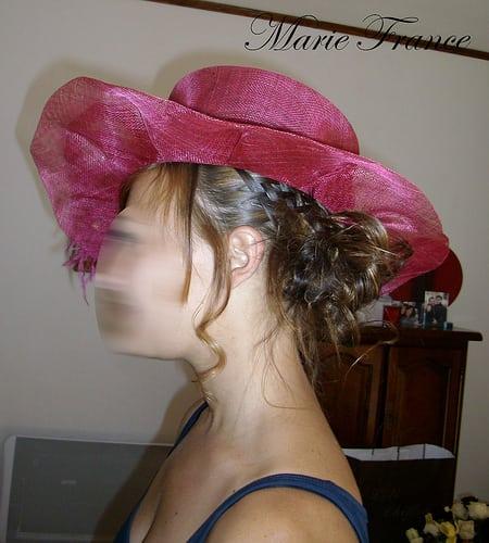 PENTAX Digital Camera  Posté par guimauve13  sur 2010-08-30 18:05:02      Tagged:  , chignon , coiffure mariage   …