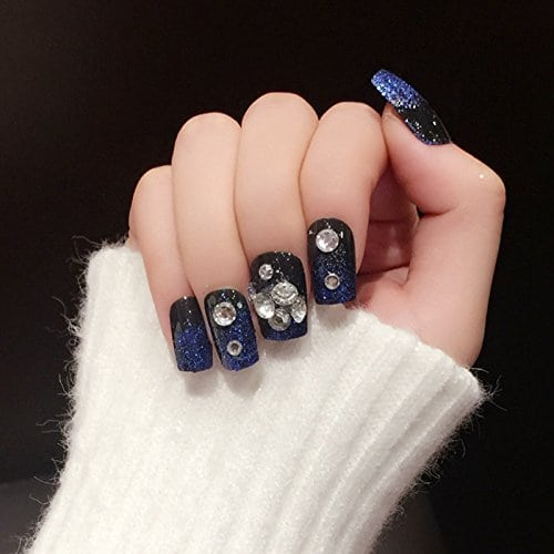 Acheter maintenant     $4.50 Including: (totally 24pcs). DUO side adhesive included, WITHOUT LIQUID GLUE.Brand New & high qualityBlue Glitter black nails24 pieces of full nailsDUO side adhesive included, WITHOUT LIQUID GLUE.Perfect Fit, Easy to apply …
