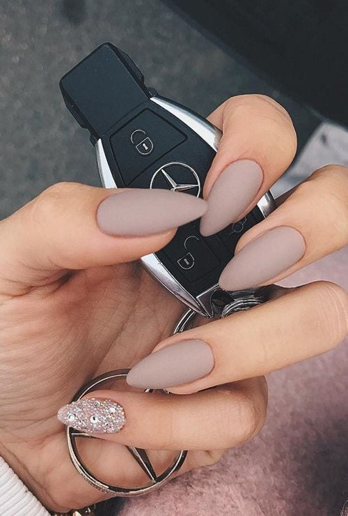 Get more wear out of your nail polish with these tips for long-lasting color Source by meliseyjozef   …