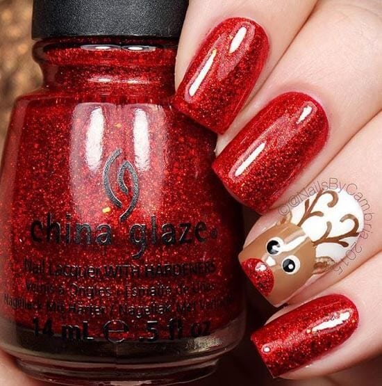 These cute raindeer nails are perfect for Christmas