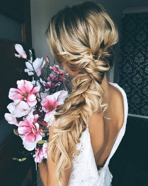 35 STUNNING WEDDING HAIRSTYLES – Page 2 of 3 – Trend To Wear Source by doenjarr   …