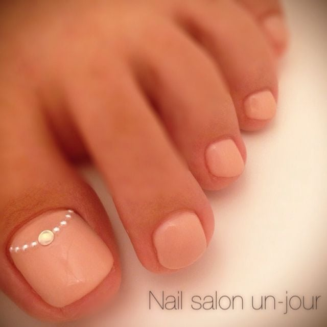 Light Pink Toe Nail Design                                   …
