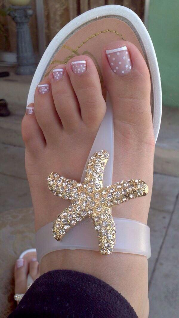 Sehen Sie sich die besten french nails füße auf den Bildern unten an und wählen Sie Ihre eigene! Source by jasminanottelma   …