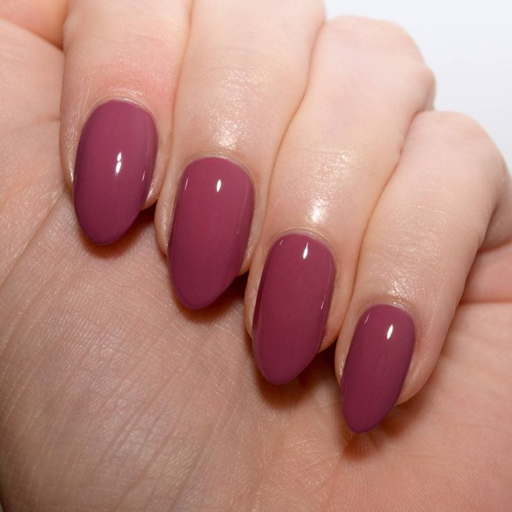 Morgan Taylor 'Figure 8s and Heartbreaks' – a beautiful muted wine coloured nail polish. Source by JamiesBear   …