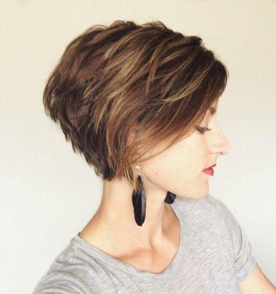 Neem een kijkje op de beste korte kapsels vrouwen in de foto's hieronder en krijg ideeën voor uw fotografie!!! Layered Short Haircut Side View – Women Hairstyles for Short Hair 2016 Image source Source by kyravermaak   …