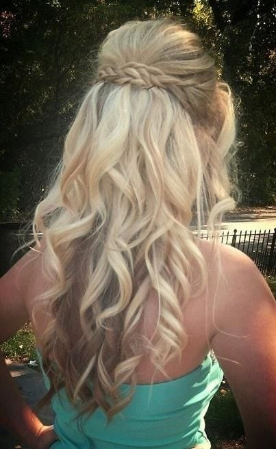 Prom Hairstyle for Long Curly Hair – Fantastic New Dance Hairstyles Source by Ellessinia   …