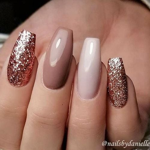 22 Nails That Feature Glitter Because Why Not – Hashtag Nail Art Source by melodyboerkamp   …