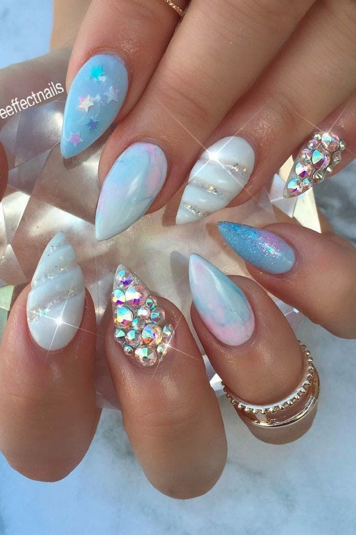 3D Unicorn Horn Nails Have Arrived, and You Need Them Immediately Source by angelan_010   …