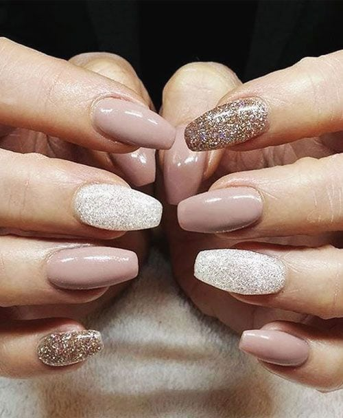 While Fall nail designs are all about burgundy and burnt-orange palettes, Winter is shades of dark and light grey, subtle sparkles, and nudes ombred with metallic gold accents. Here, we found a selection of beautiful nail art you can easily…