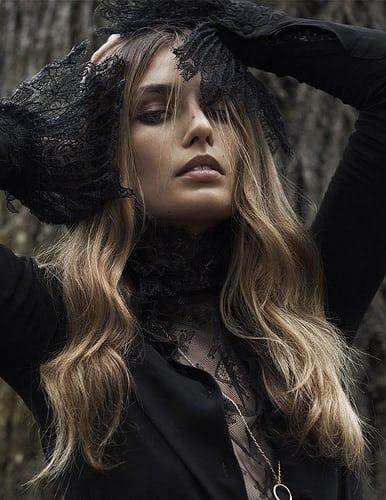 Inspiration Coiffure  :    Description   Les plus belles coiffures de Damien Boissinot dans Vogue Paris : les cheveux longs wavy d'Andreea Diaconu (photo : Lachlan Bailey)      madame.tn/beaute/coiffure/inspiration-coiffure-les-plus-b…  Posté par madame_shopping  sur 2018-02-24 08:01:12…