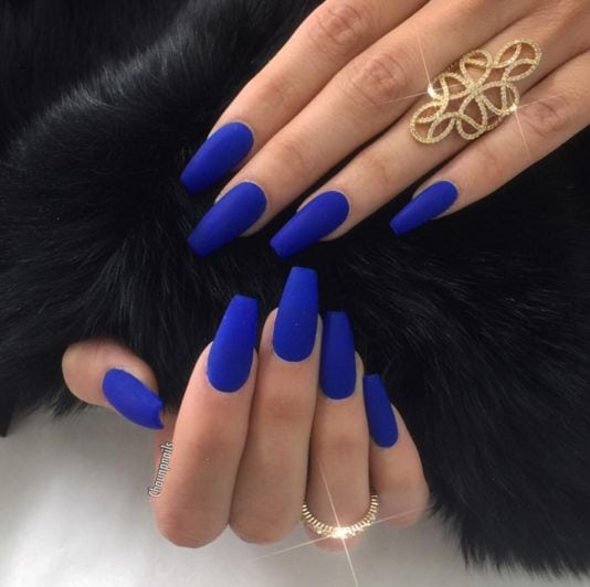 And these matte blue ones. | 34 Borderline Erotic Photos For People Who Love Nail Polish Source by ylb79   …