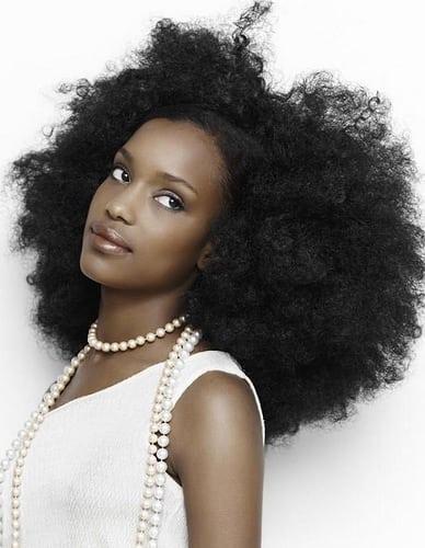Idée Coiffure :    Description   idée coiffure africaine femme modele coupe de cheveux black      madame.tn/beaute/coiffure/idee-coiffure-idee-coiffure-afr…  Posté par madame_shopping  sur 2018-02-20 19:45:45      Tagged:    …