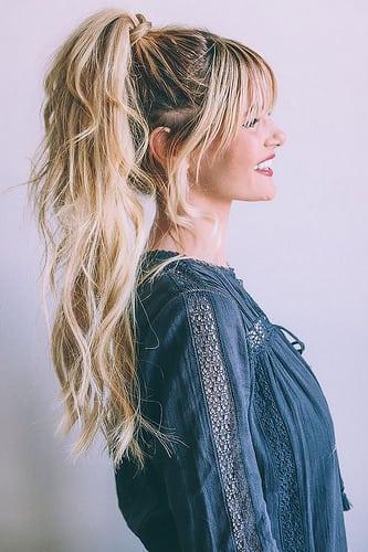 Idée Coiffure :    Description   balayage blond sur brune, coiffure avec frange, queue de cheval haut avec mèches devant      madame.tn/beaute/coiffure/idee-coiffure-balayage-blond-su…  Posté par madame_shopping  sur 2017-11-09 18:18:37      Tagged:    …