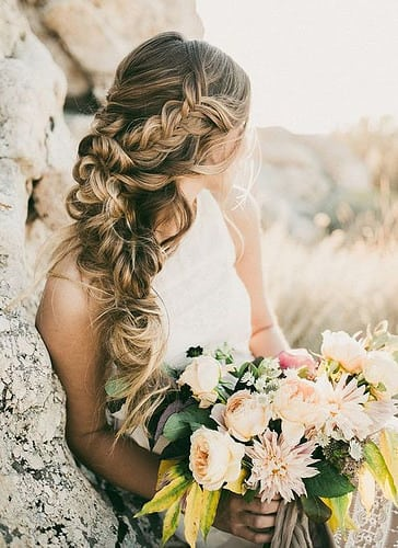 Coiffure De Mariage   Description   Featured Photographer: India Earl Photography, Featured Hairstyle: Hair and Makeup by Steph      flashmode.be/coiffure-de-mariage-featured-photographer-in… 