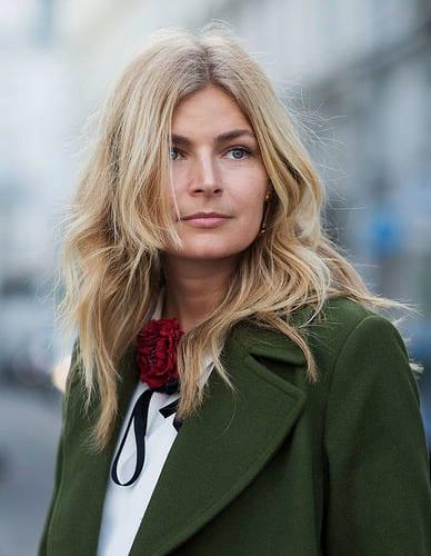 Inspiration Coiffure :    Description   Coloration printemps été 2016 blond froid et coupe wawy      madame.tn/beaute/coiffure/inspiration-coiffure-coloration…  Posté par madame_shopping  sur 2017-11-17 06:10:31      Tagged:    …