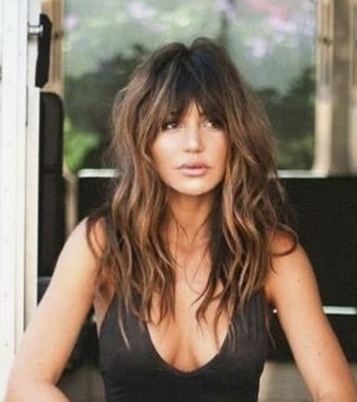 Hair Color Trends  2017/ 2018   Highlights :  Gorgeous long wavy hair with bangs